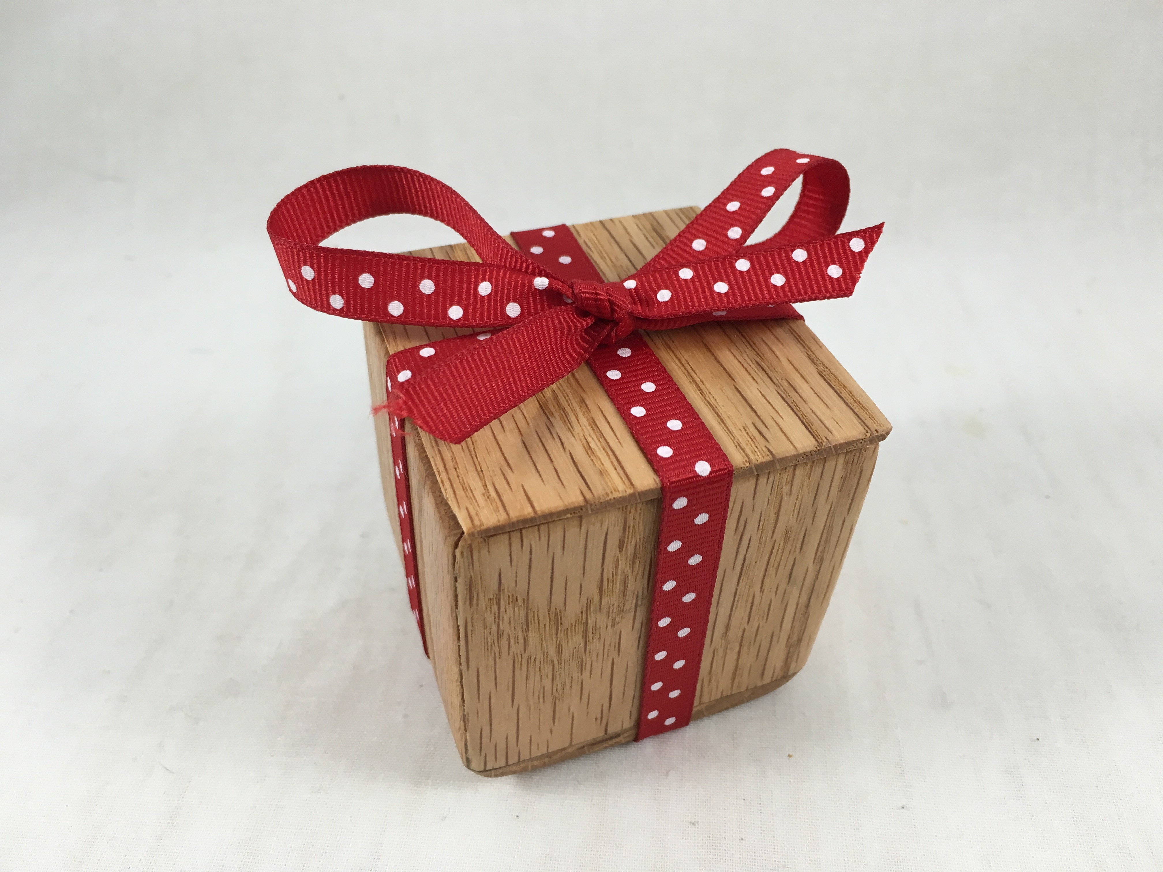 Let's Make a Small Gift Box